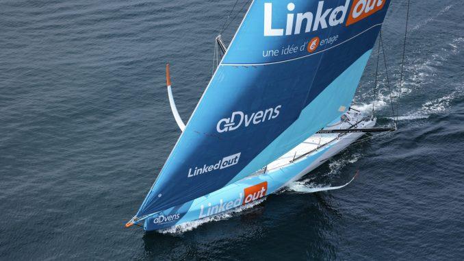 Ruyant et son voilier LinkedOut à l'Ocean Race Europe